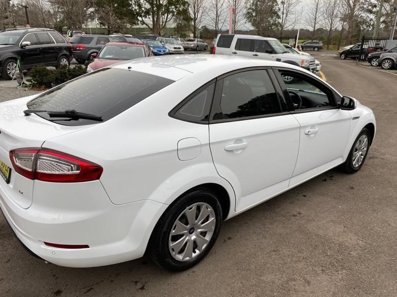 ford mondeo 804949 007