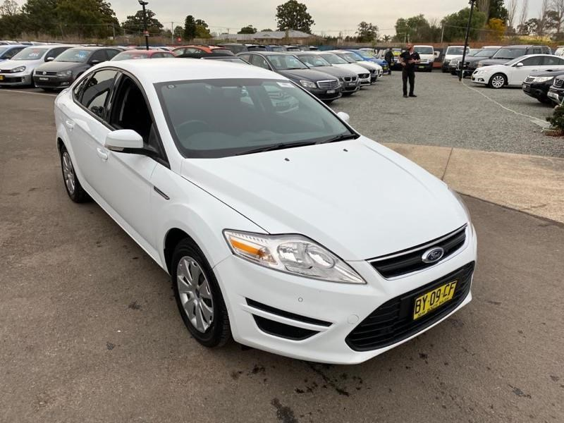 ford mondeo 804949 027