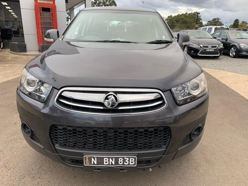 holden captiva 803484 017