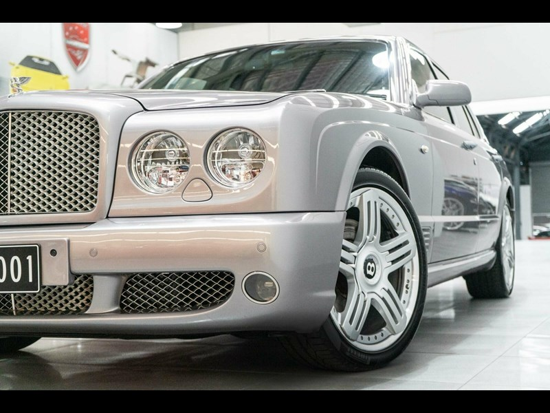 bentley arnage 806535 011