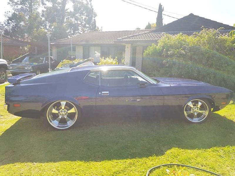 ford mustang 807270 003