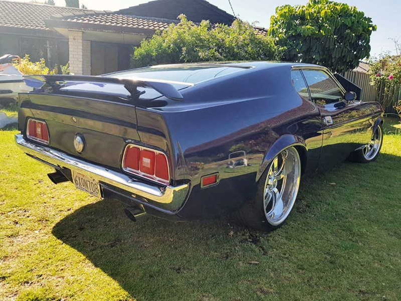 ford mustang 807270 031
