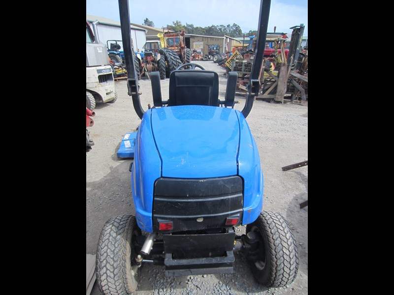 new holland mc28 front mount mower 4 wheel drive 807972 013
