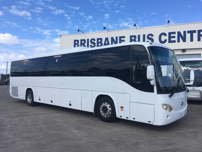 higer roadboss 58 seater coach 808421 001