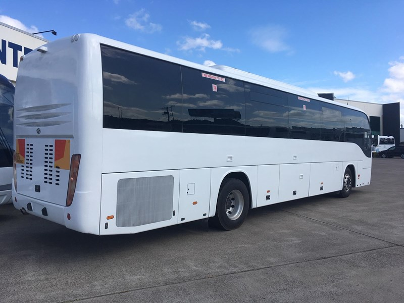 higer roadboss 58 seater coach 808421 013