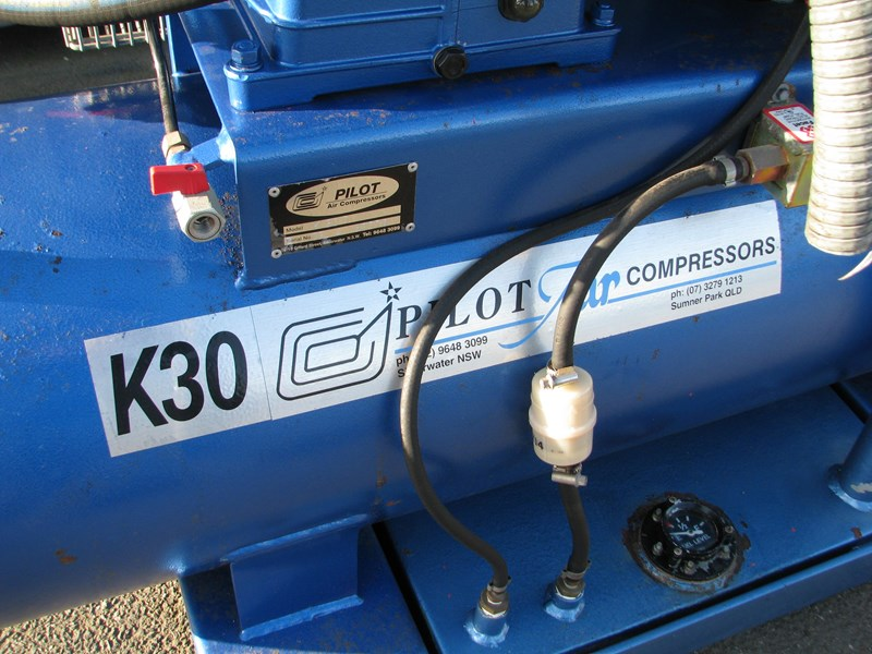 pilot k30d 200l 9hp diesel air compressor 809614 011
