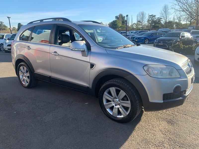 holden captiva 809259 013
