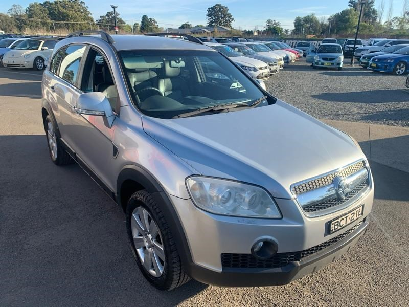 holden captiva 809259 025