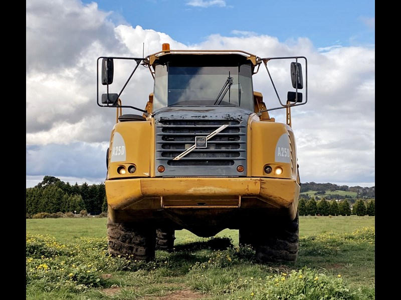 volvo a25d 810811 005