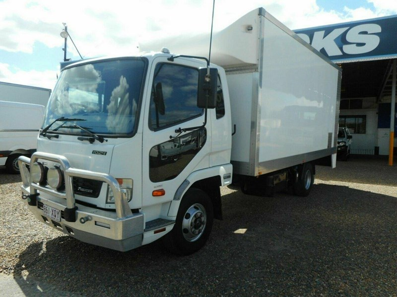fuso fighter 811447 005
