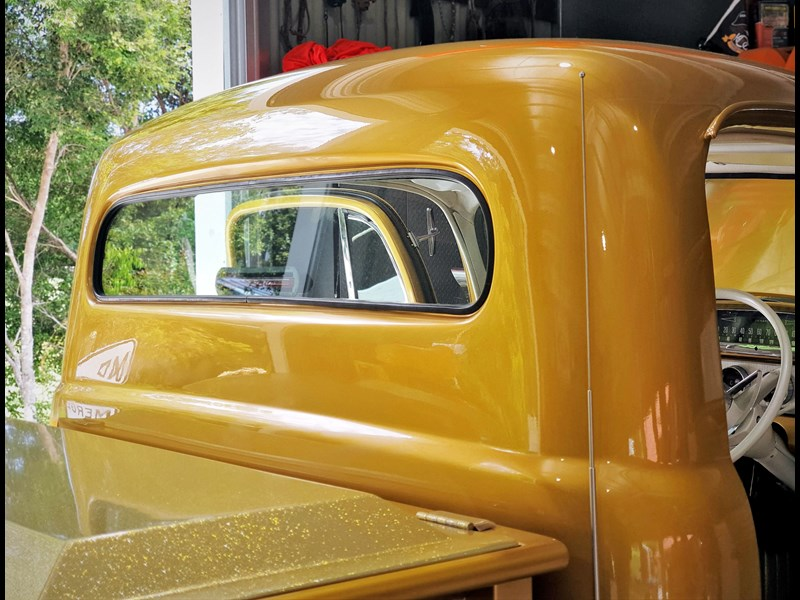 ford f100 812642 017