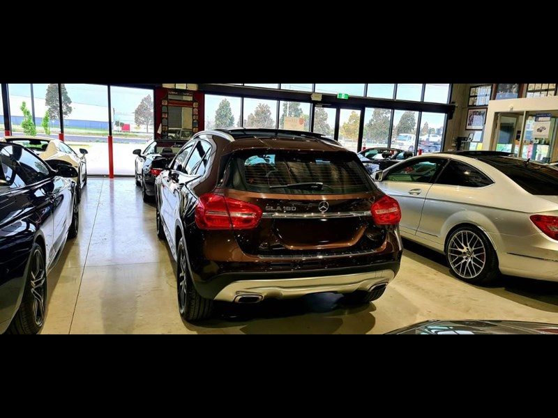 mercedes-benz gla 180 813663 025