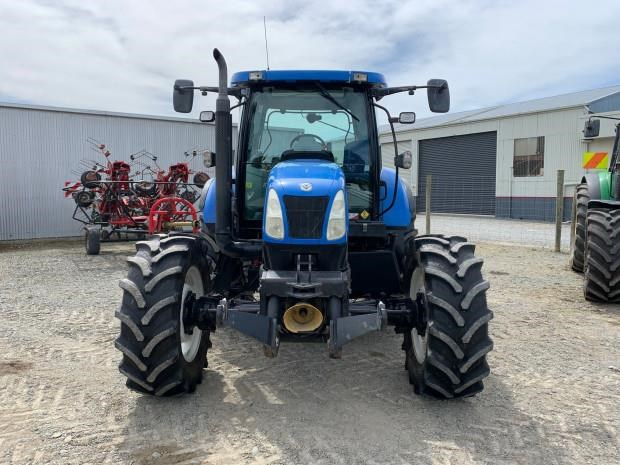 new holland t6060 814415 005