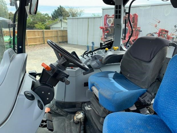 new holland t6060 814415 009