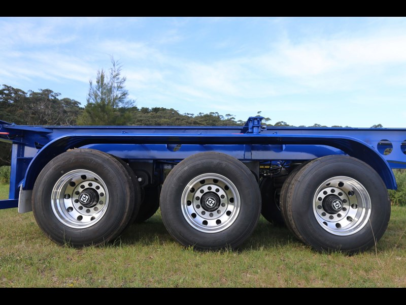 aaa 2020 aaa 40' 3 way light weight 4.6t skeletal trailer-ebs 797939 013