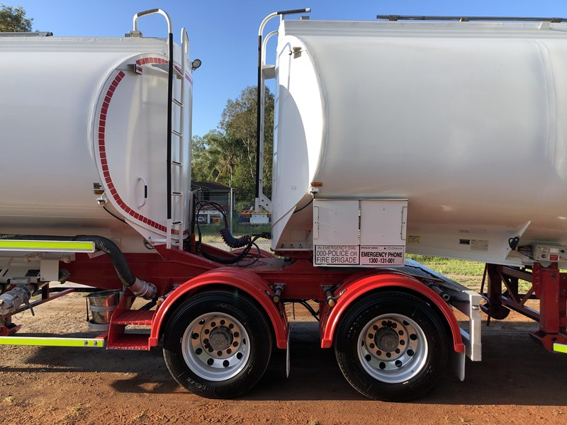 marshall lethlean 19m b-double fuel tankers 815208 057