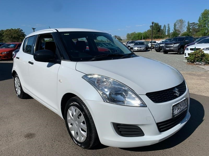 suzuki swift 813744 001