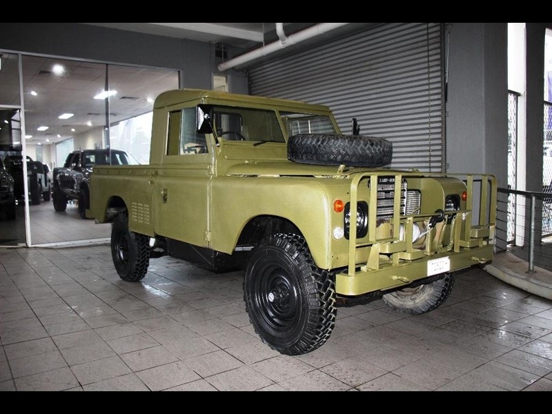 land rover series 3 815794 003