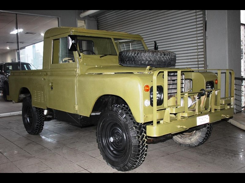 land rover series 3 815794 005