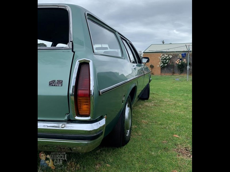 holden kingswood 815871 019