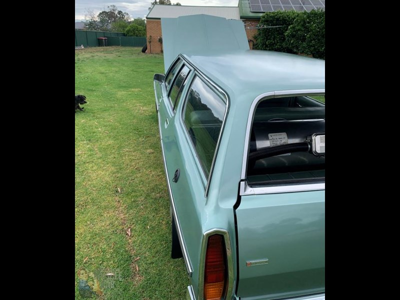 holden kingswood 815871 021