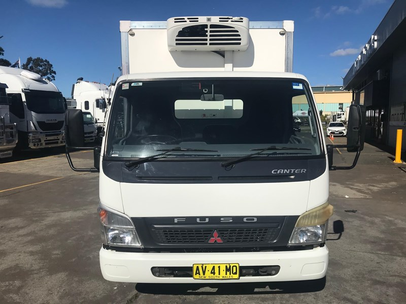 fuso canter 801743 007