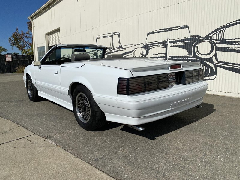 ford mustang 818093 009