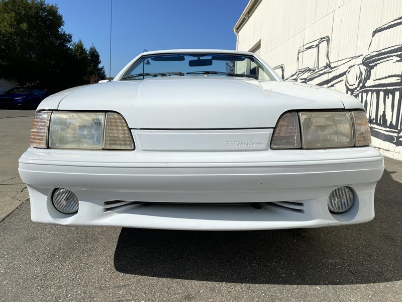 ford mustang 818093 035