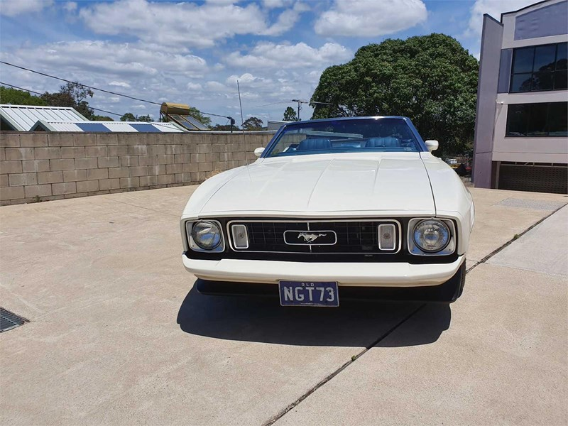 ford mustang 818360 013