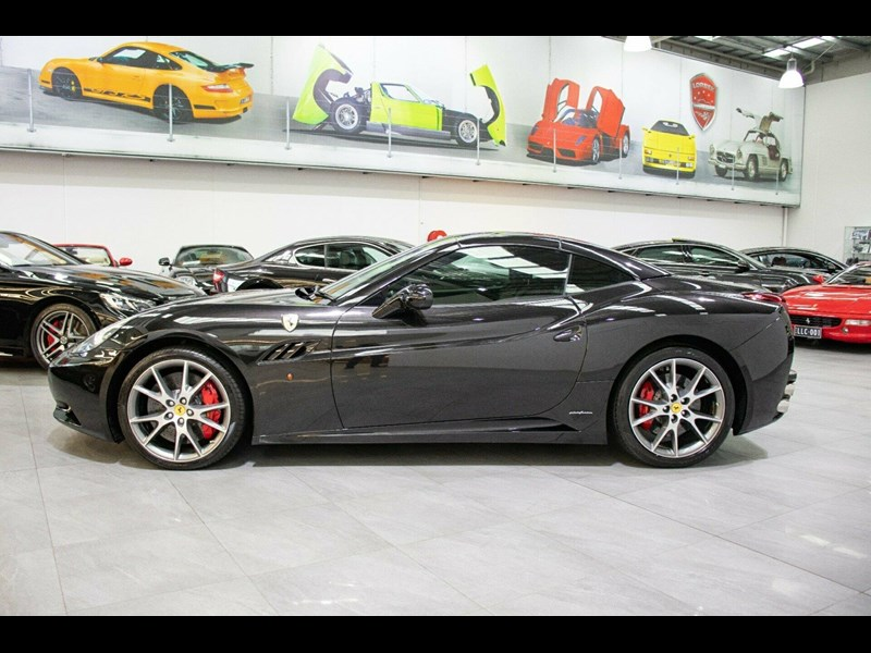 ferrari california 818869 045
