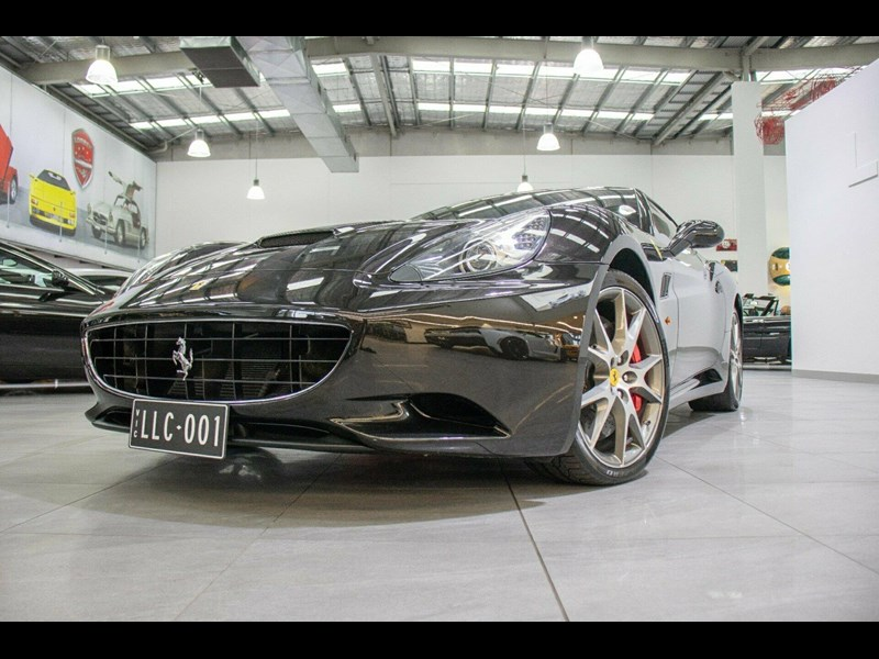 ferrari california 818869 051