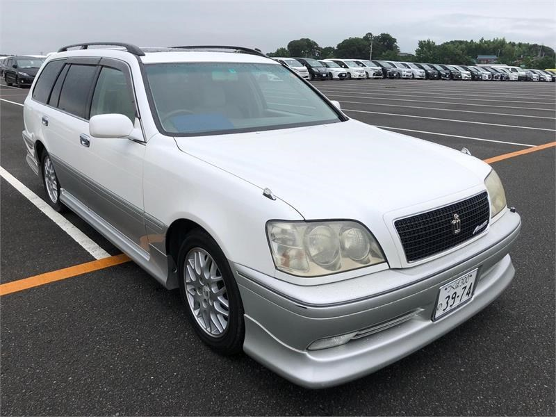 toyota crown 818903 009