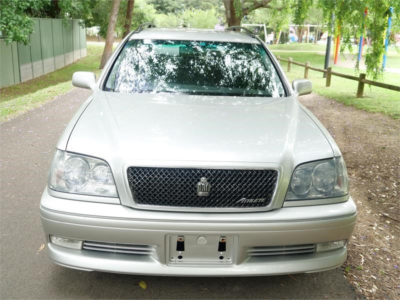 toyota crown 818920 033