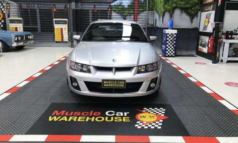 holden hsv 820474 003