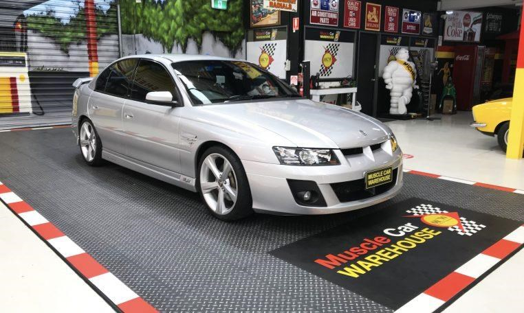 holden hsv 820474 005