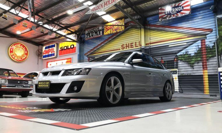 holden hsv 820474 017