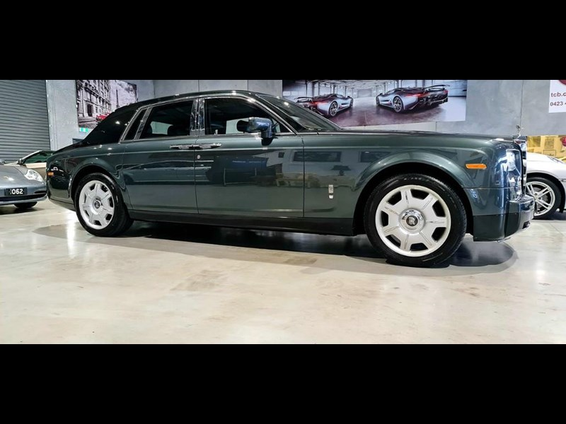 rolls-royce phantom 824359 009