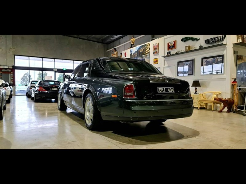 rolls-royce phantom 824359 023