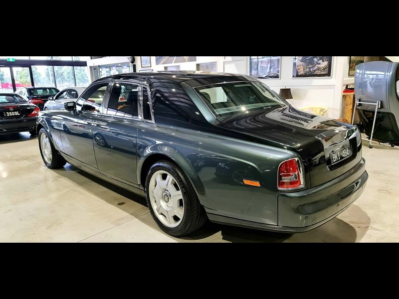 rolls-royce phantom 824359 027