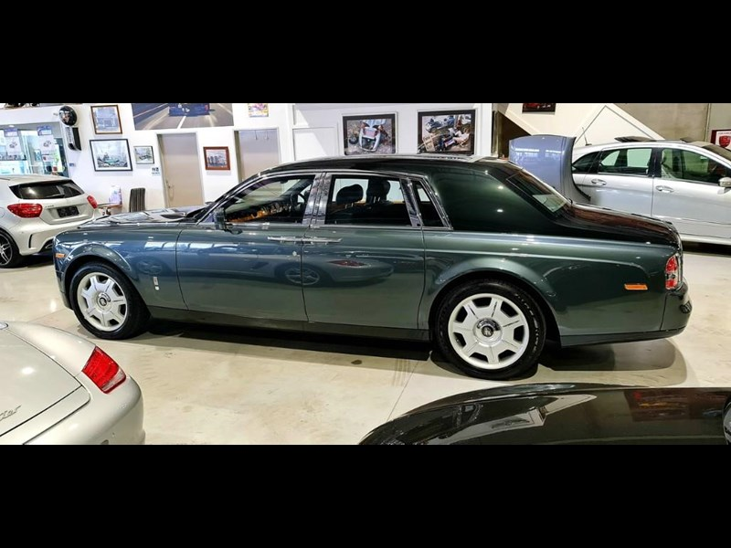 rolls-royce phantom 824359 029