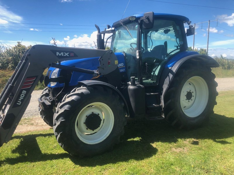 new holland t6050 824555 009