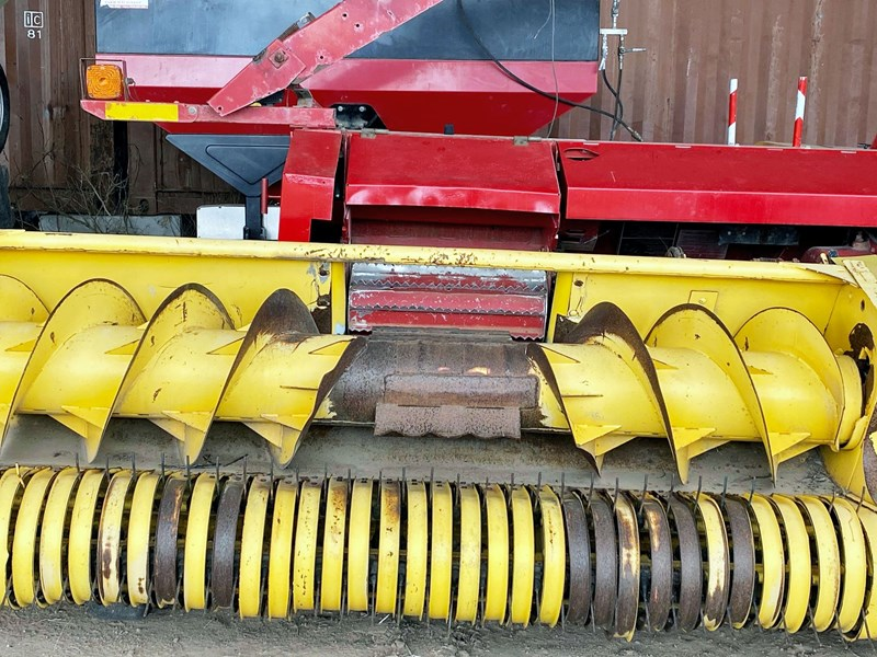 new holland fp 240 forage harvester 824914 009