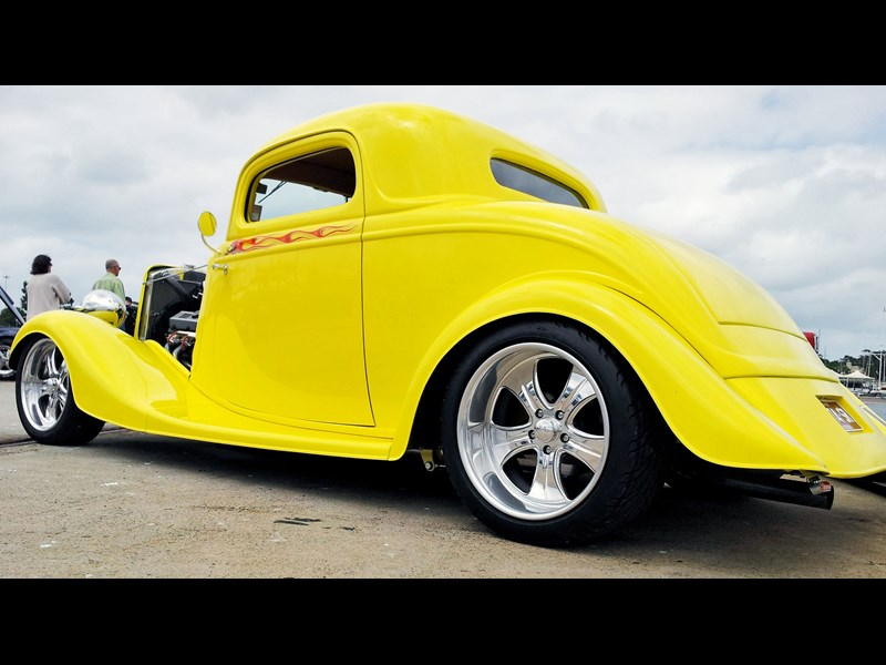 hot rod 3 window coupe 825294 009