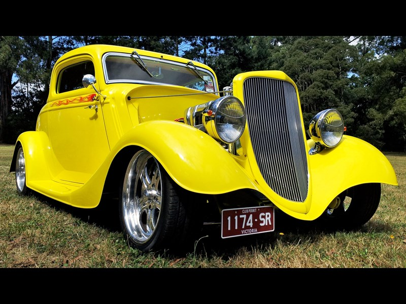 hot rod 3 window coupe 825294 013