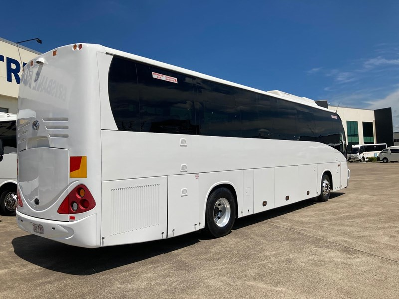 king long iveco 6126au 54 seater coach 825199 009