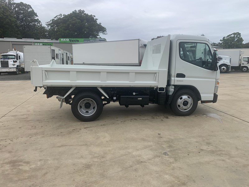 fuso canter 615 826832 015