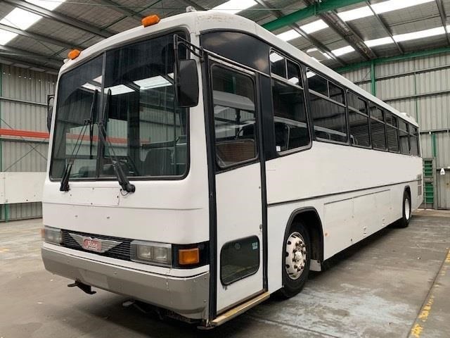 hino coach rg197 large side bins 827469 003