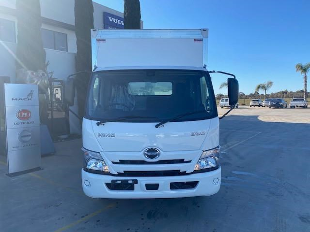 hino other 828403 003