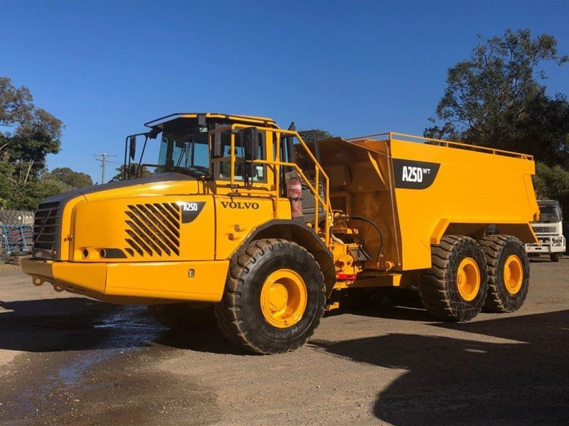 volvo a25d 832385 001