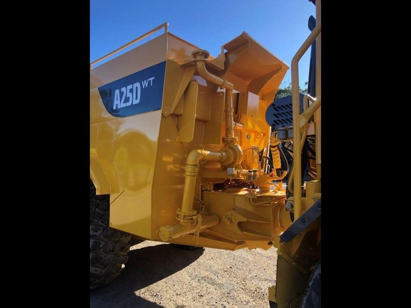 volvo a25d 832385 013